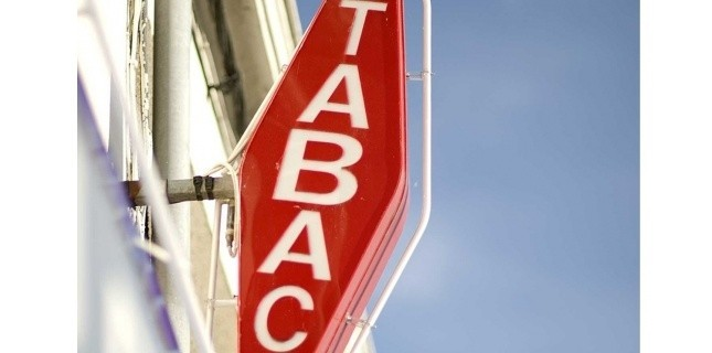 4344005-les-buralistes-se-mobilisent-contre-les-mesures-anti-tabac